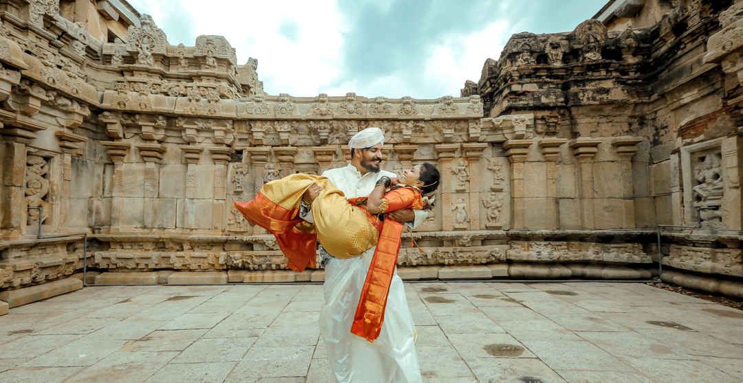 This Power Couple Met in Hampi, Fell in Love in Cambodia and Had a Travel-Themed Wedding!