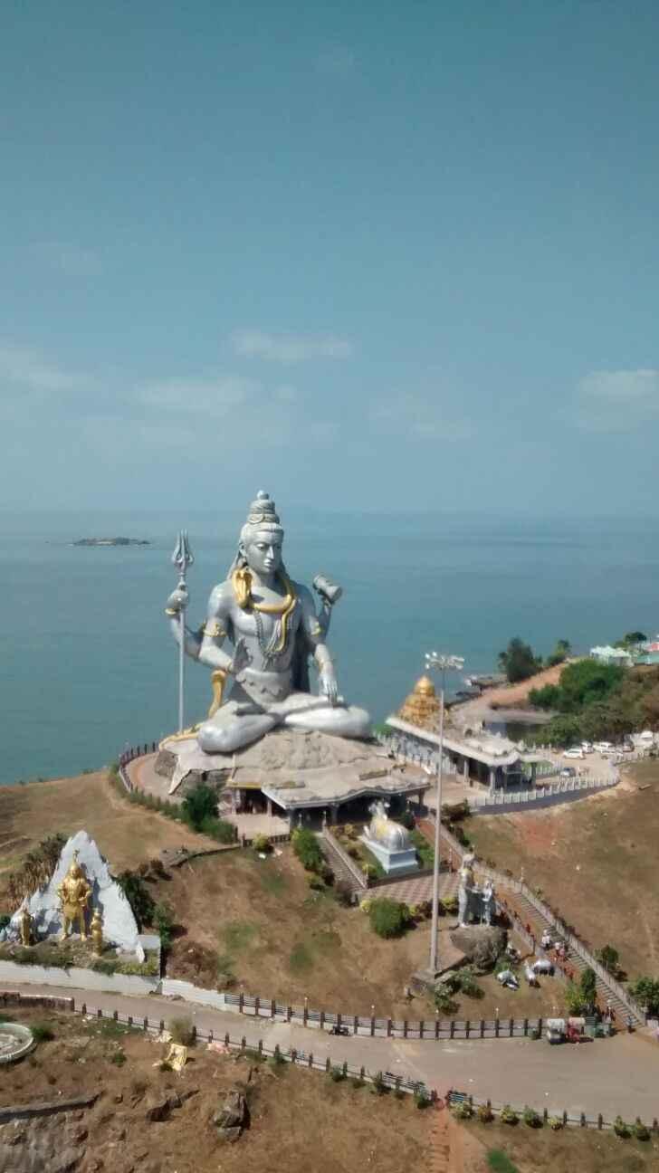Murdeshwar India: About Murdeshwar Karnataka and Cave Museum