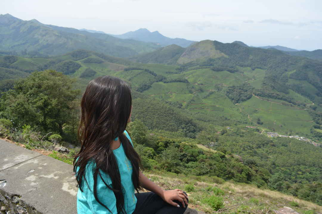 Amidst beautiful munnar Tea plantations. #selfiewiththeview#tripotocommunity