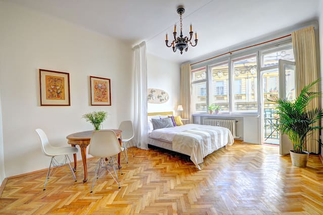 The Most Beautiful And Trusted Airbnbs In Prague For A First-Time Traveller
