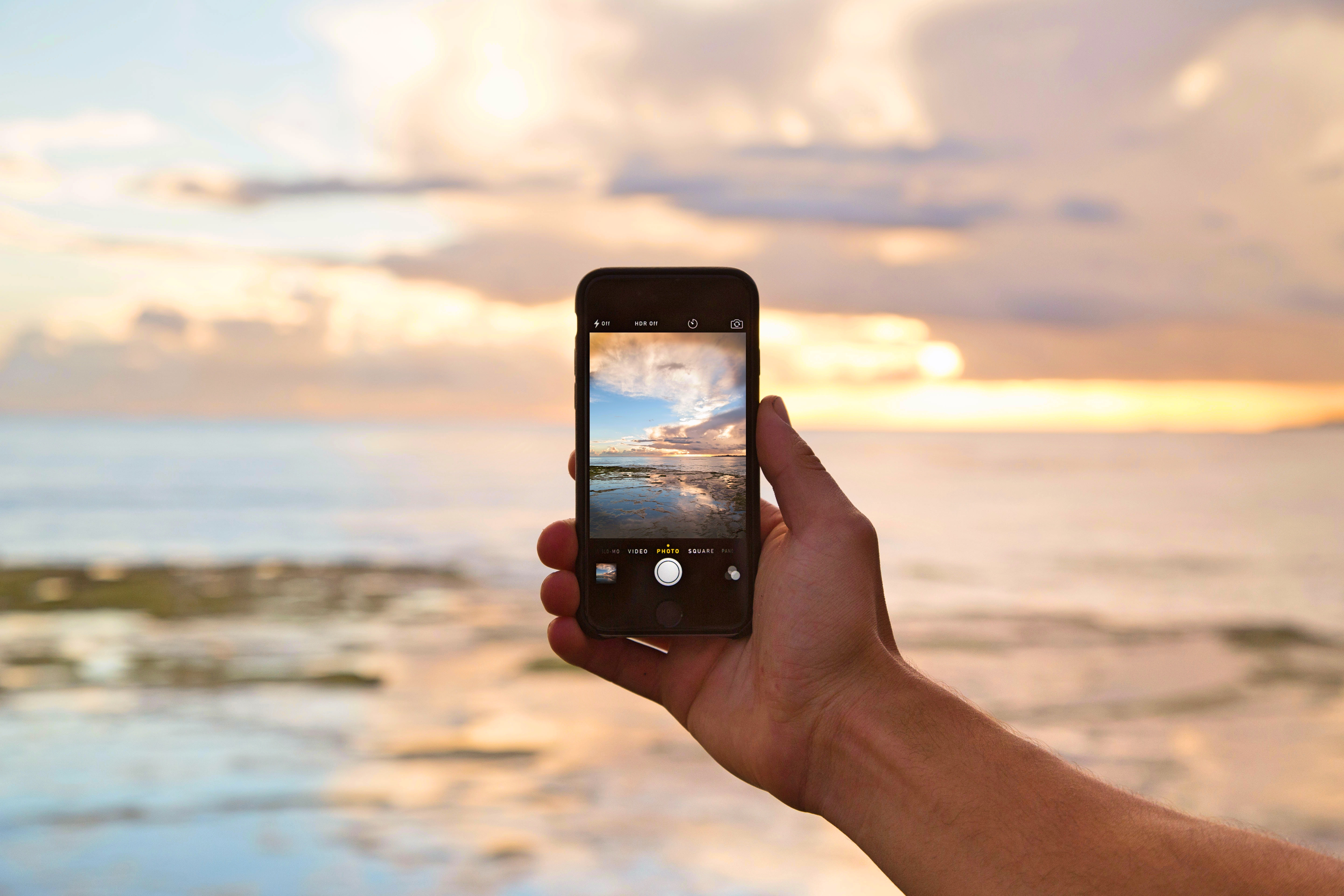 It's Time To Ditch The DSLR. Here's How To Click Great Travel Pictures From Your Smart Phone