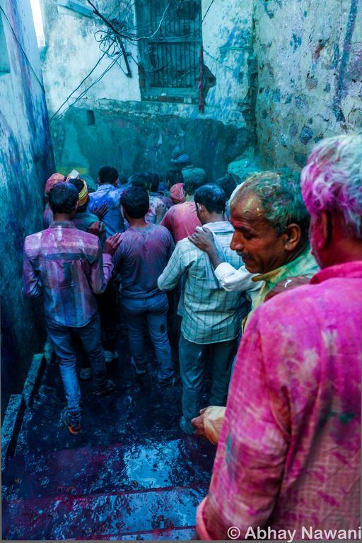 holi colours from barsana & nandgaon