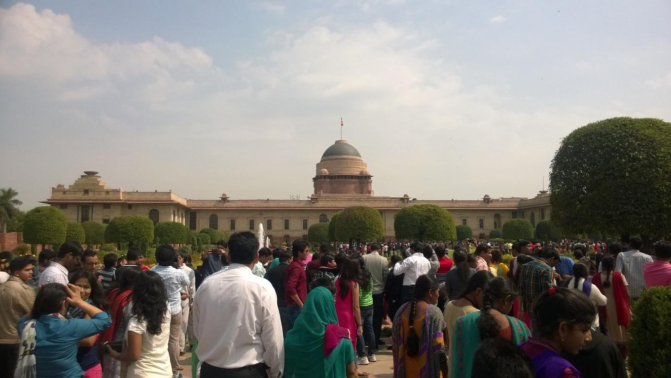 Sunday Afternoon at Mughal Gardens